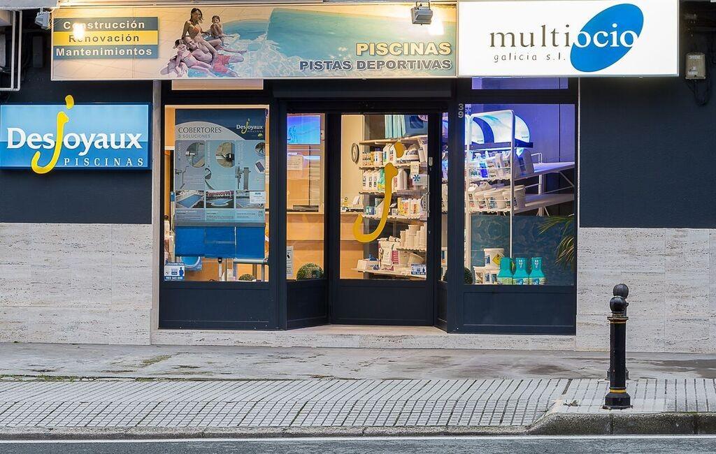 Instalaci n de piscinas en a coru a galicia for Instalacion de piscinas