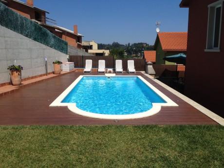 Construcci n y mantenimiento de piscinas en a coru a galicia for Construccion de piscinas en santiago